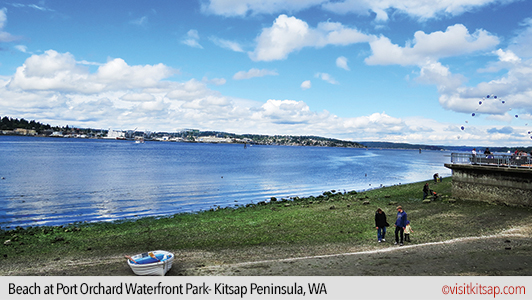 Beach at Port Orchard Waterfront Park